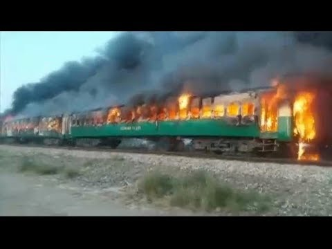[31/10/19] At least 65 dead in Pakistan train fire - English